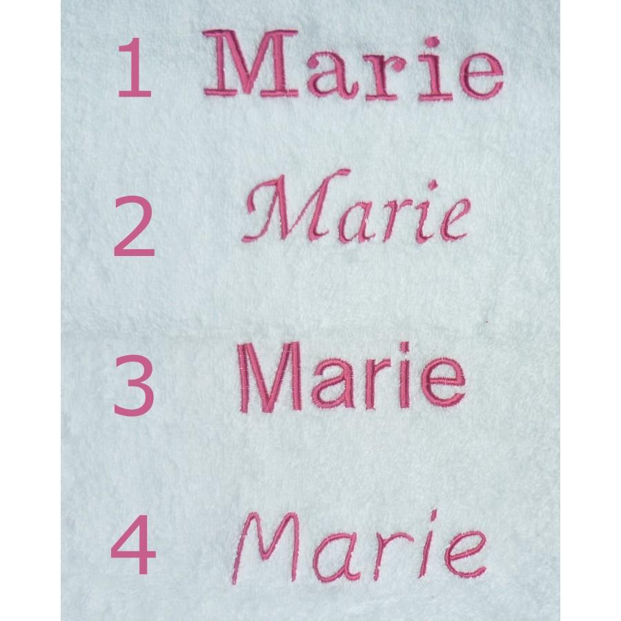 serviette-brodee-initiale-prenom-cadeau-personnalisable-enfant-liberty