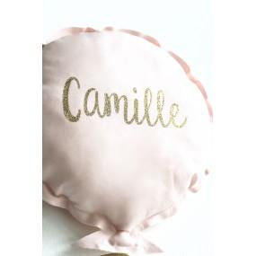 coussin-ballon-prenom-personnalisé-naissance-prenom-cadeau-de-naissance
