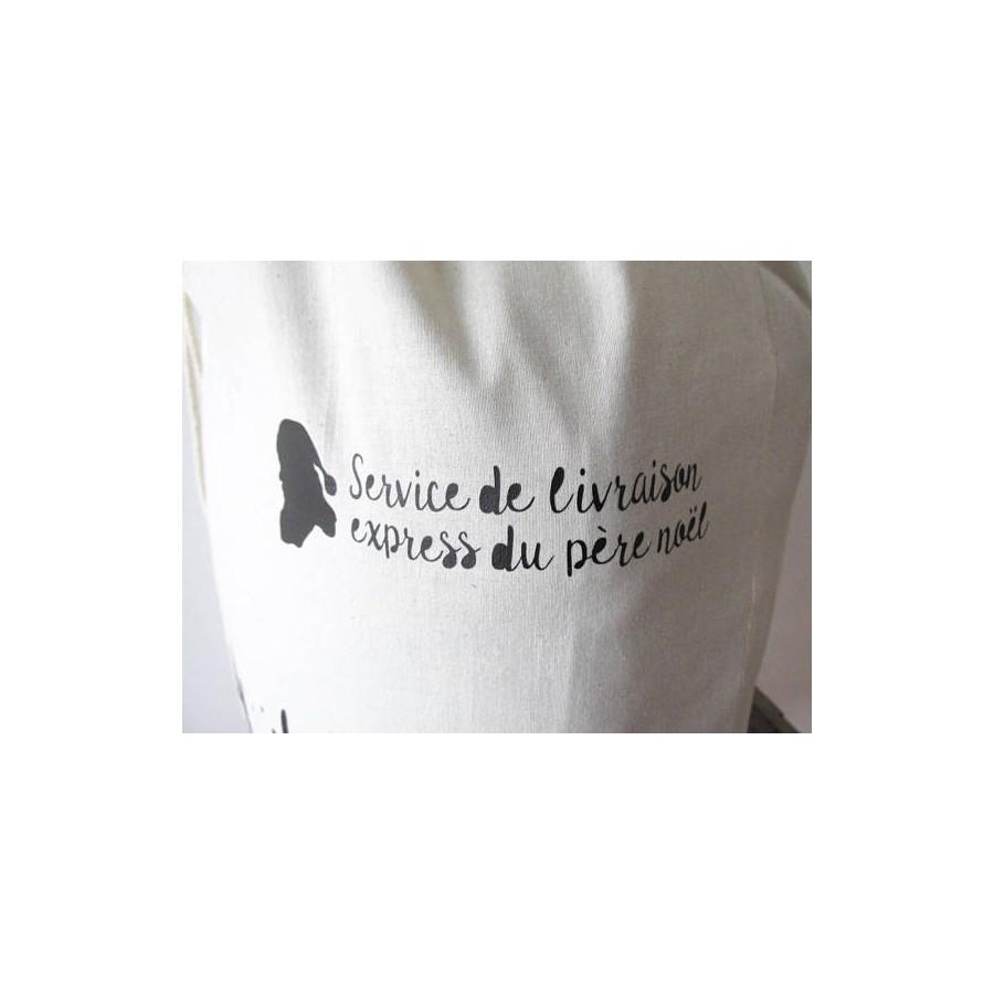 sac-de-noel-prenom-rangement-cadeaux-made-in-france