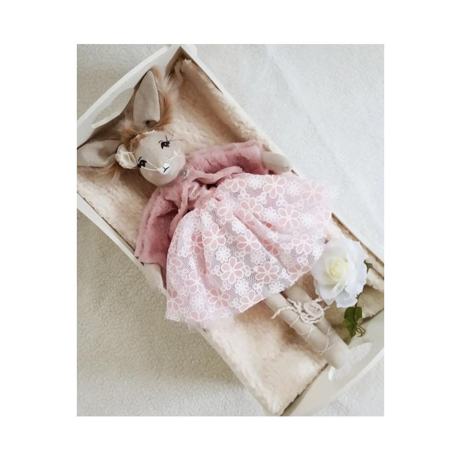poupee-enfant-lapin