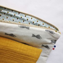coton imprime poissons - gaze de coton moutarde
